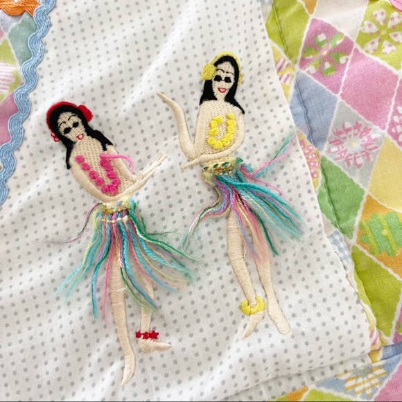 VINTAGE Pink Green Yellow Patchwork Quilt Embroidered Hula Girls